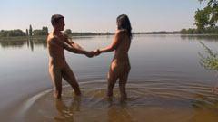 хубав секс в езерото