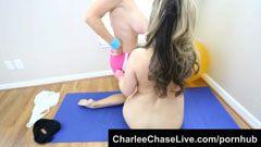 Carmen és Charlie, a fitnessz ribik