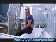 блондинка и водопроводчик