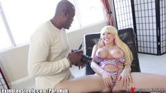 Kagney Lynn Carter and Lexington Steele