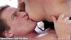 Cherie Deville, az erotikus masszőrnő
