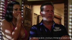 Rachel Starr and the hotel manager