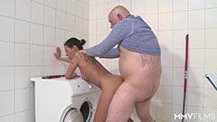 A német anyuka meg a mosógépszerelő