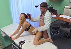 Läkaren och den vackra patienten