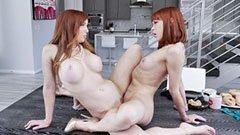 De två rödhåriga lesbiska